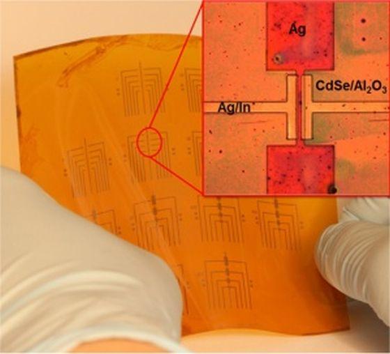 20160410_Flexible Transistors560