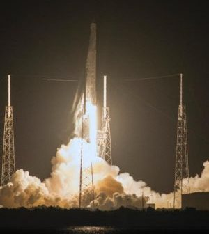 20160803_Falcon_9_launch_to_ISS300x340