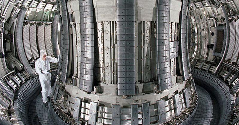 Πυρηνική Σύντηξη: Επιβράδυνση ηλεκτρονίων που διαφεύγουν ανοίγει το δρόμο για επίλυση προβλημάτων σε αντιδραστήρες σύντηξης