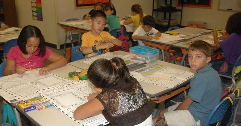 Εκπαίδευση: Τα μεγαλύτερης ηλικίας παιδιά στο νηπιαγωγείο τα πάνε καλύτερα ακόμη και στο πανεπιστήμιο σύμφωνα με μελέτη