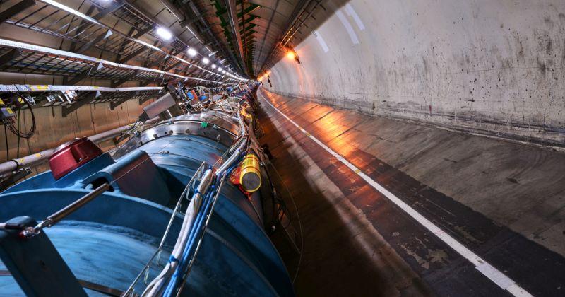 CERN: Οι δέσμες επέστρεψαν στο συγκρότημα των επιταχυντών του