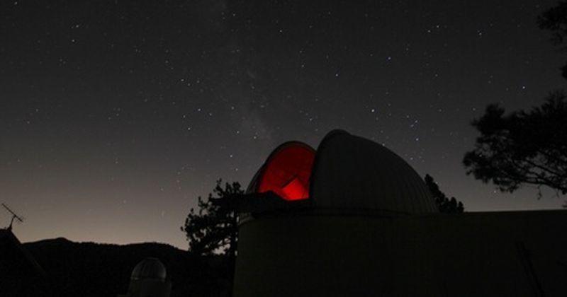 Κβαντική Φυσική: Σύστημα παράγει τυχαίους αριθμούς χρησιμοποιώντας φως από απομακρυσμένα άστρα και κβάζαρ