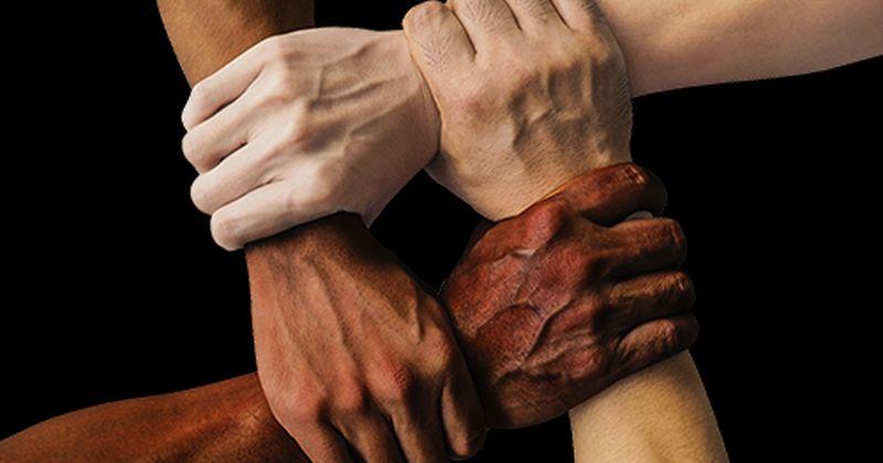 Εκκοσμίκευση και ανεκτικότητα μειονοτικών ομάδων προβλέπουν τη μελλοντική ευημερία των χωρών