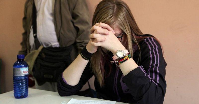 Από το σχολικό στο φροσχολικό σύστημα και η επίδραση στην ελληνική κοινωνία [Μέρος Α]