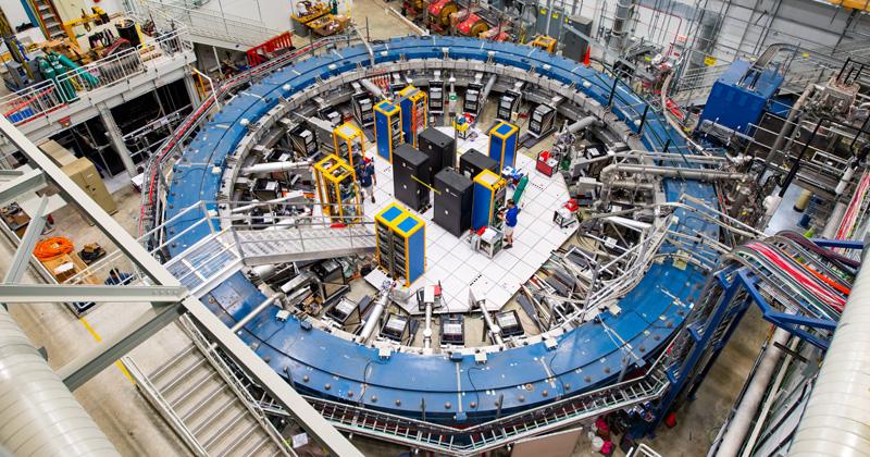Ισχυρή ένδειξη ύπαρξης μιας Νέας Φυσικής δείχνουν τα πρώτα αποτελέσματα του πειράματος Muon g-2 στο Fermilab